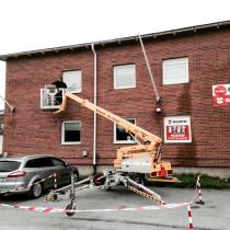 FSN fick i uppdrag att utföra fönsterbyte på Industrivägen i Umeå