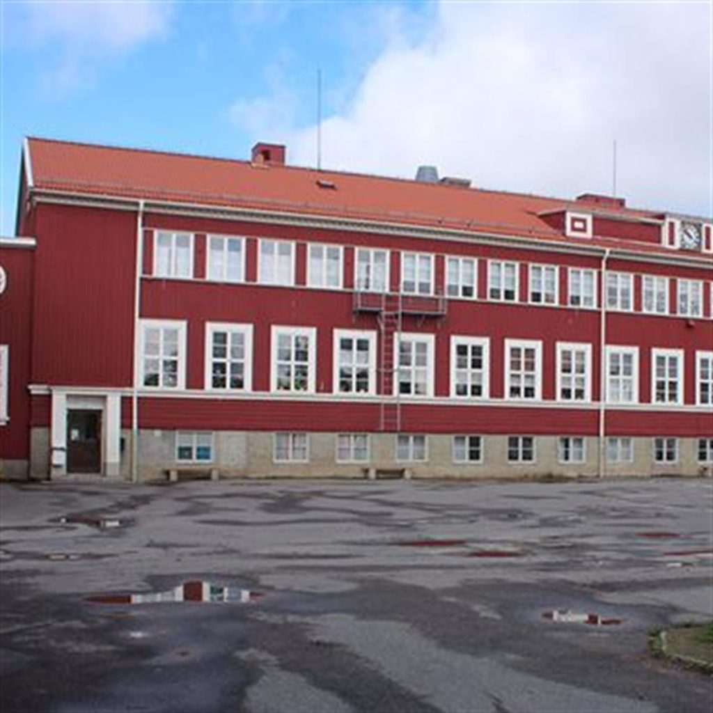 Fönsterbyte på Bolidenskolan, Boliden