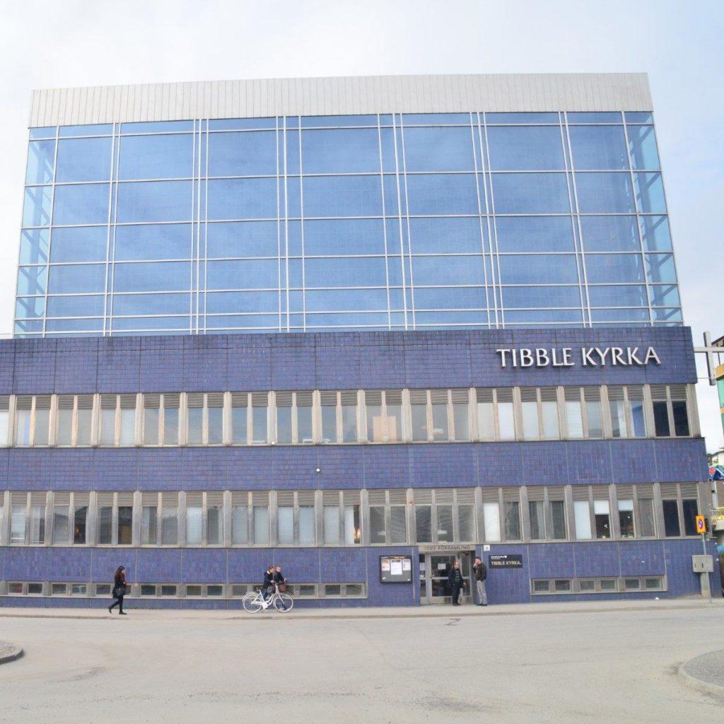 Fönsterbyte i Täby – Tibble Kyrka